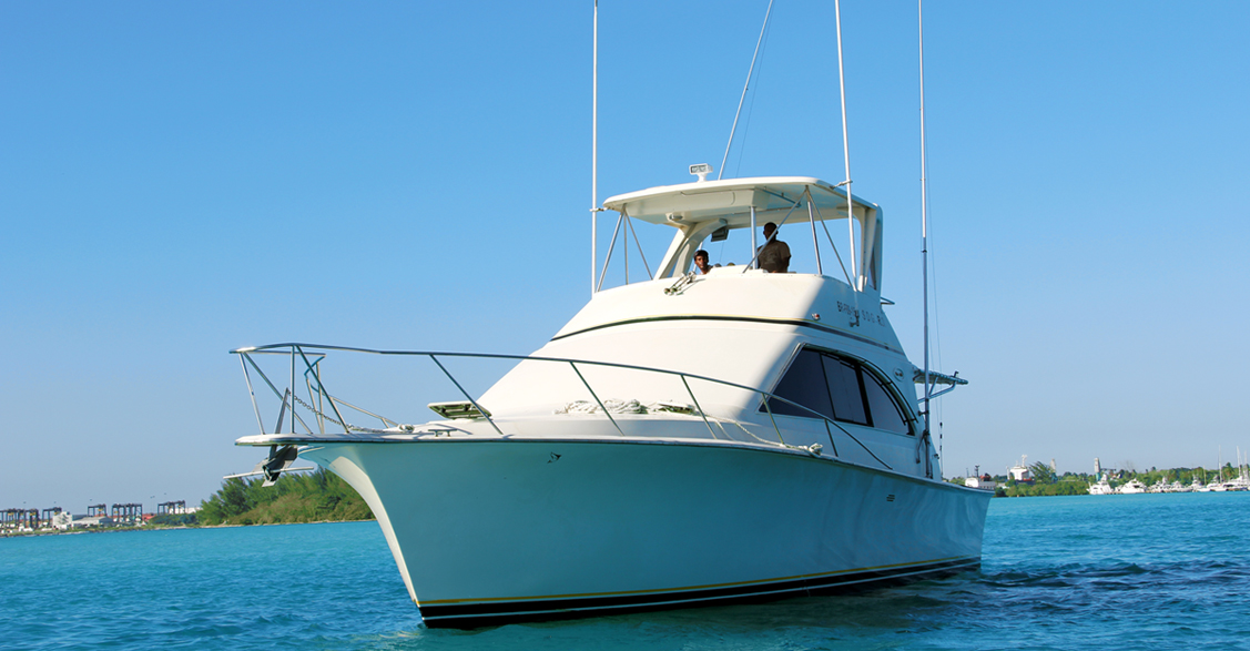 Boat for trolling deep sea sport fly fishing Boca Chica